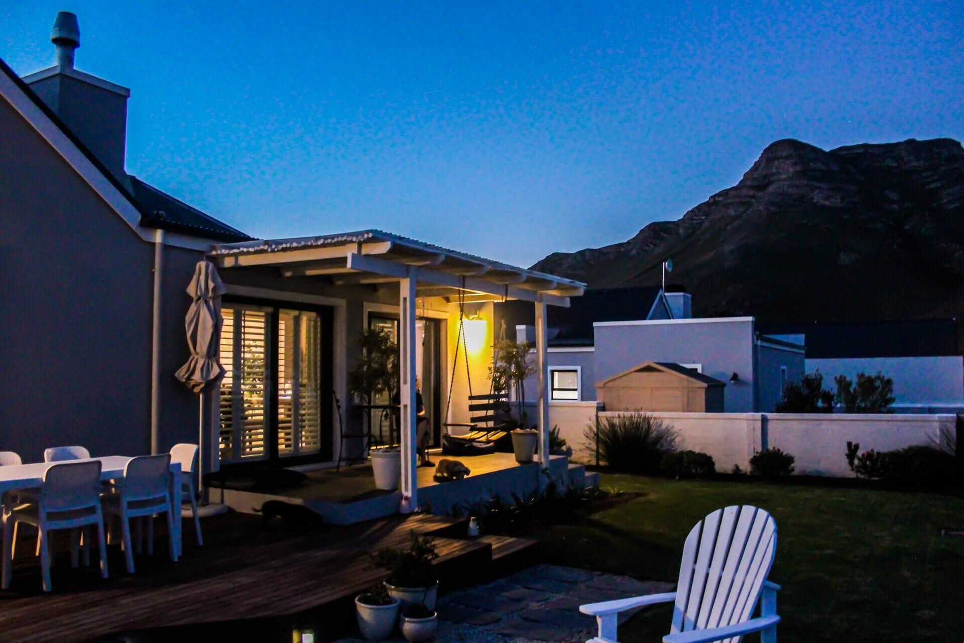 Garden Lighting Tips To Upgrade Your Home Outdoor