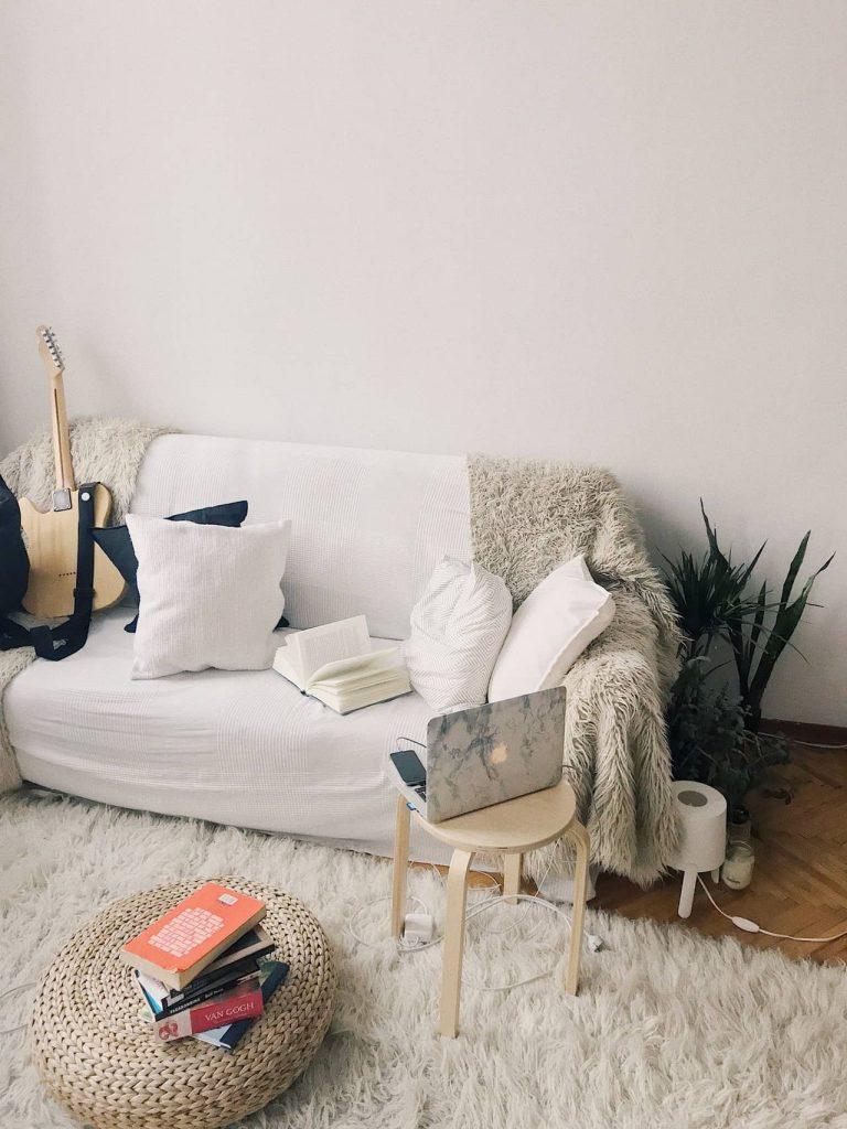 white woolen rug