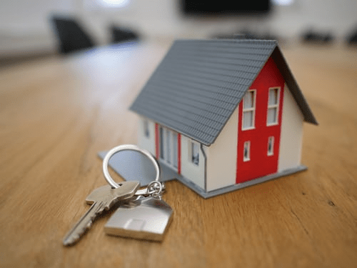 7 Tips for Selling a House for the First Time