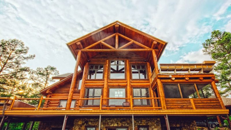 How To Decorate A Log Cabin House