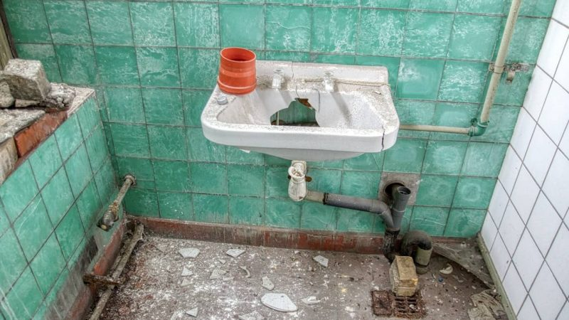 5 Common Plumbing Issues Suggesting Bigger Problems
