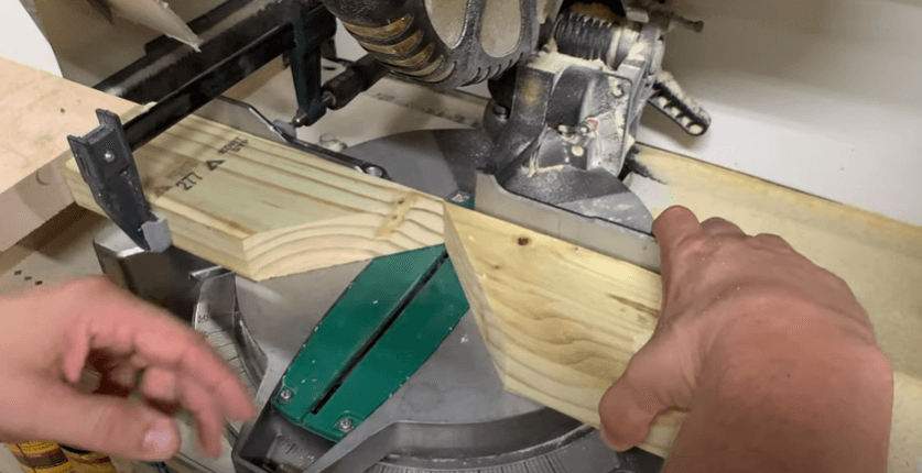 how to cut a 70 degree angle with a miter saw